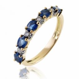 Demi alliance en or rhodié, saphirs et diamants
