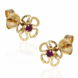 Boucles d'oreilles en or jaune, fleur rubis.