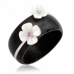Bague en or gris, bois, diamant, saphir rose et nacre