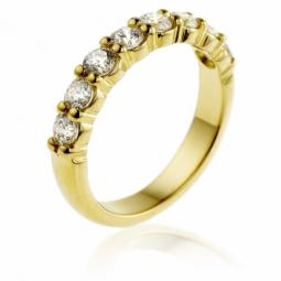 Demi alliance en or jaune, diamants, 4 griffes