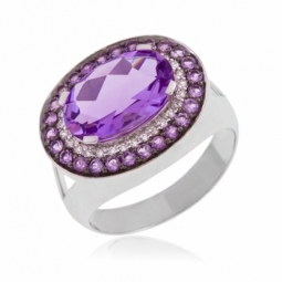 Bague en or gris, améthystes et diamants