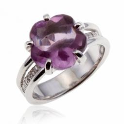 Bague en argent rhodié, améthyste fleur et diamants