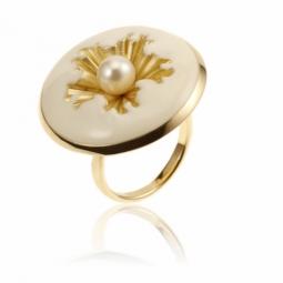 Bague en argent doré, laque et perle de culture