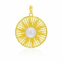 Pendentif en or jaune et perle de culture