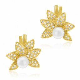 Boucles d'oreilles en plaqué or, perle de culture et oxydes de zirconium