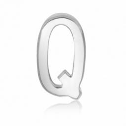 Charm en acier, lettre Q