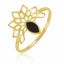 Bague en or jaune, onyx