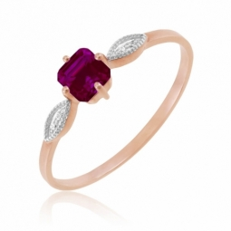 Bague en or rose, diamants et rhodolite