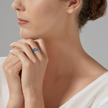 Bague en argent rhodié et rhodié noir, oxydes de zirconium bleus et blancs