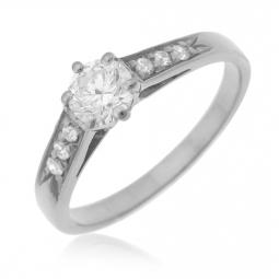 Bague solitaire accompagné en or gris diamants serti 6 griffes